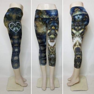 Bambooty-Capri-Yoga-Pants-Hand-Dyed-02
