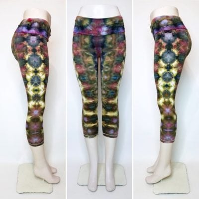 Bambooty-Capri-Yoga-Pants-Hand-Dyed-09