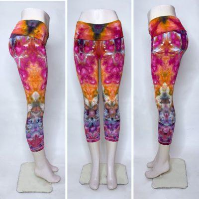 Bambooty-Capri-Yoga-Pants-Hand-Dyed-87